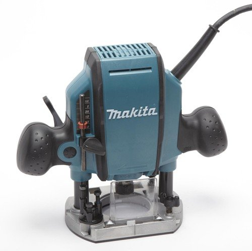 Makita 1-1/4 hp Plunge Router #RP0900K