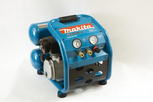 Makita 4-Gallon Air Compressor
