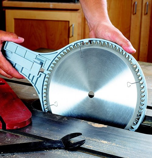 Saw-Jaw Tablesaw Blade Remover