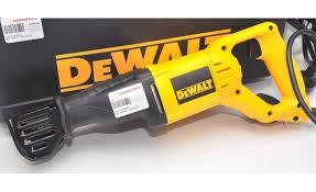 DeWalt DW304P reciprocating saw