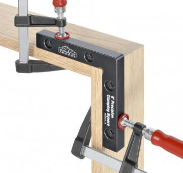 Woodpeckers Clamping Square